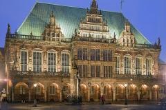 9785D-Rathaus-Bremen-Abendstimmung-beleuchtet