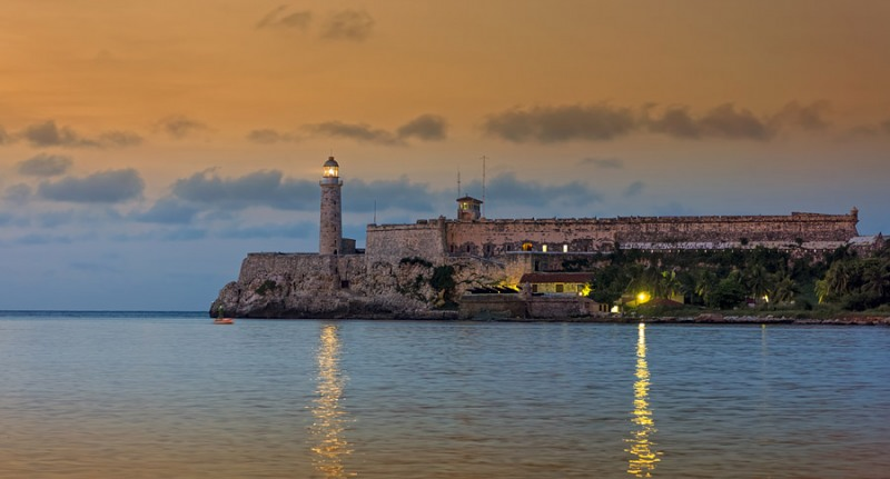 5694Sa-Leuchtturm-Faro-Mirador-Havanna-cuba1
