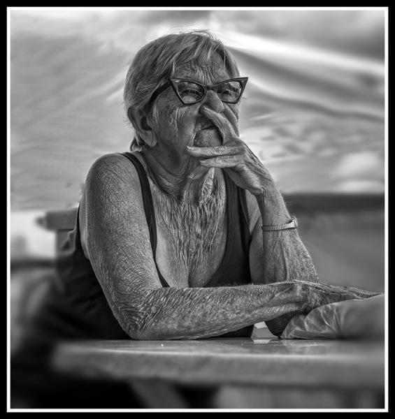 5238Sa-Menschen-Havanna-sw1
