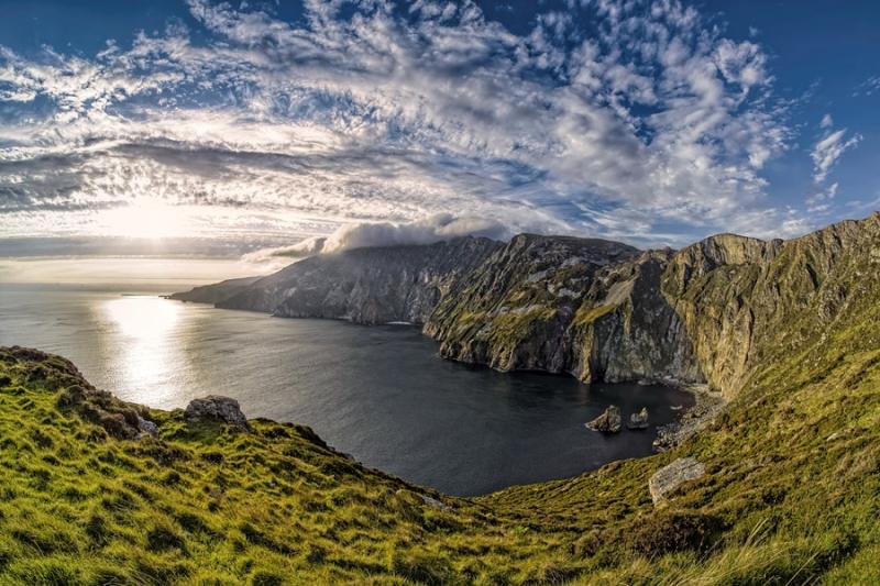 3092Sa Irland  Slieve League Cliffs Westküste warm