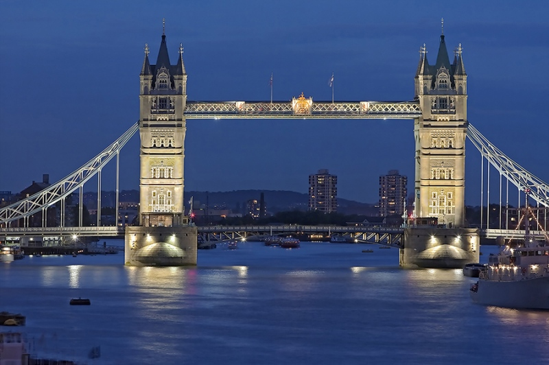 Towerbridge London beleuchtet