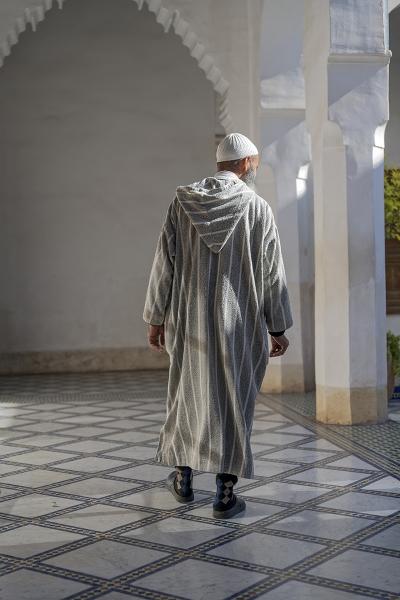 0529R-Marokkaner-im-Palast-Bahia-Marrakesch
