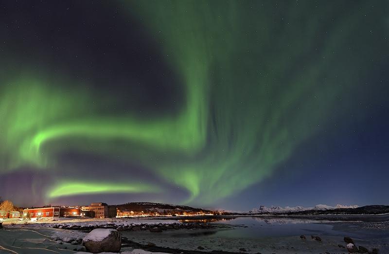 1649L-Tysfjord-Norwegen-mit-Nordlicht
