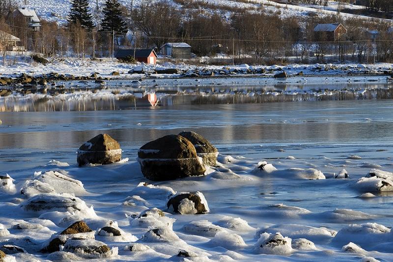 1685L-1689L-am-Tysfjord-Norwegen-HF
