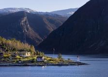 Norwegen Landschaft Winter am Fjord