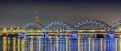 Riga Lettland Brücke Düna Fluss Nacht