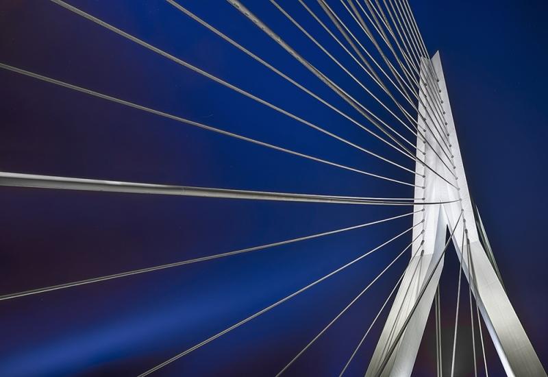 0899S-0905S-Rotterdam-Erasmusbrücke-über-dem-Rhein-Nacht