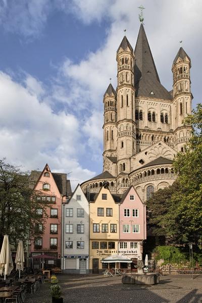 6302D-Köln-Altstadt-am-Rhein-mit-St