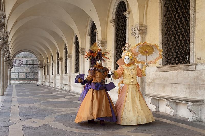 6016C-Karneval-in-Venedig