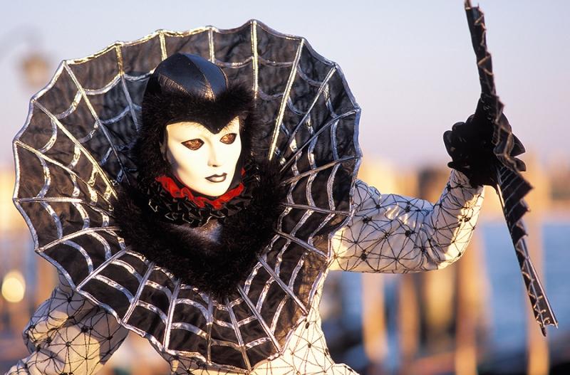 SC 58 Karneval Venedig Spinnenfrau