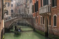 1272B-Gasse-in-Venedig
