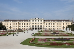 5233D-Schloss-Schönbrunn-Wien-mit-Schlossgarten
